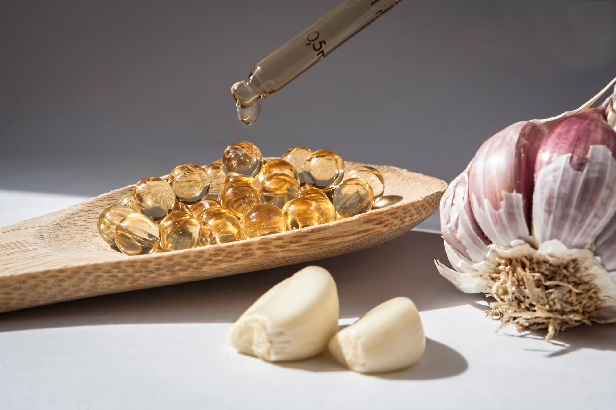 Garlic Supplements vs Fresh Garlic